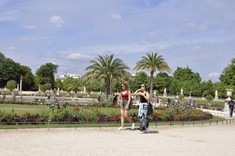 Paris, o 18 de julho: Jardin du Luxemburgo de Paris em França foto de stock royalty free
