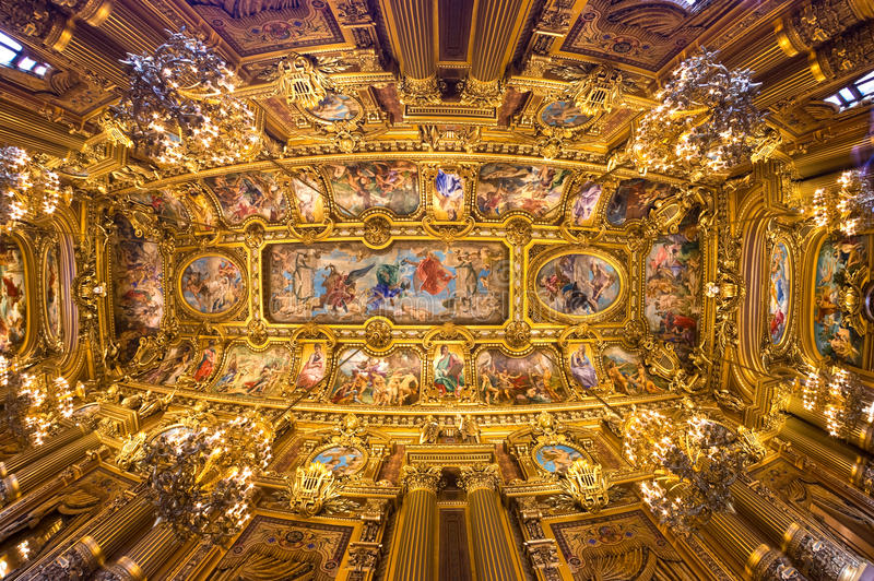 Paris: Oper Garnier. lizenzfreie stockfotografie