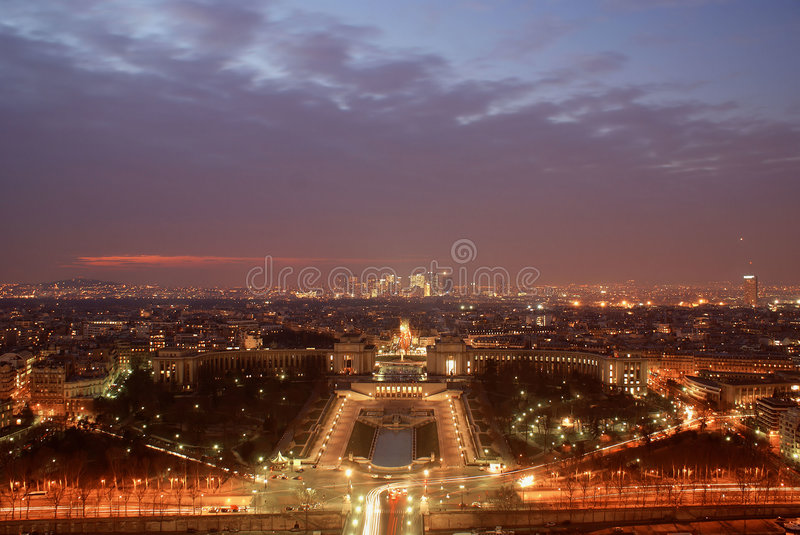 Paris par nuit photos stock