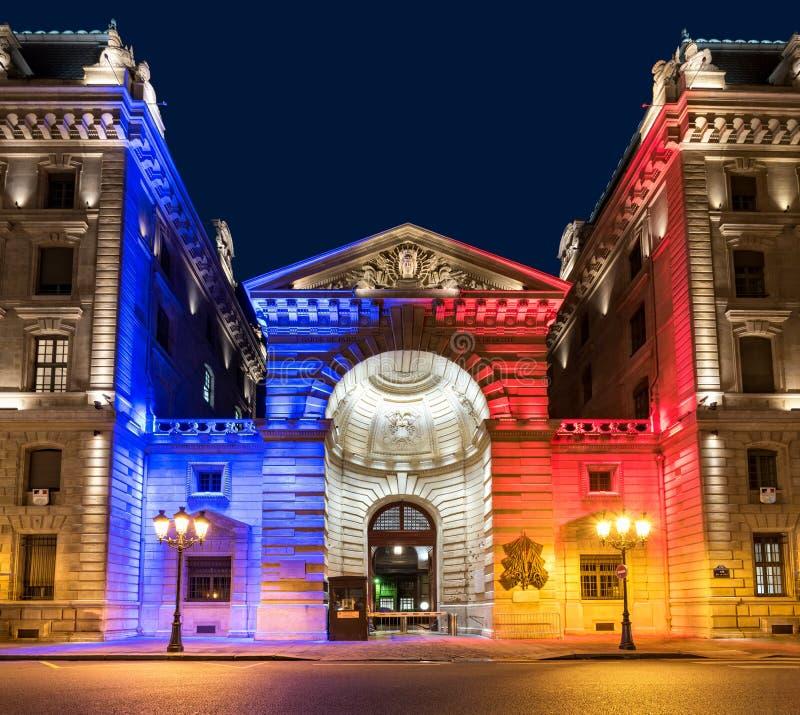 Paris prefecture de police la nuit photos stock