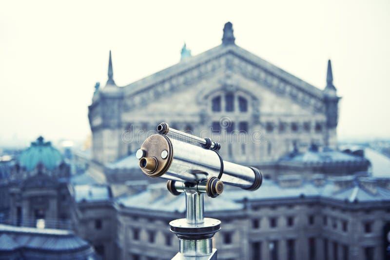 Paris sikt från teleskopet royaltyfria foton