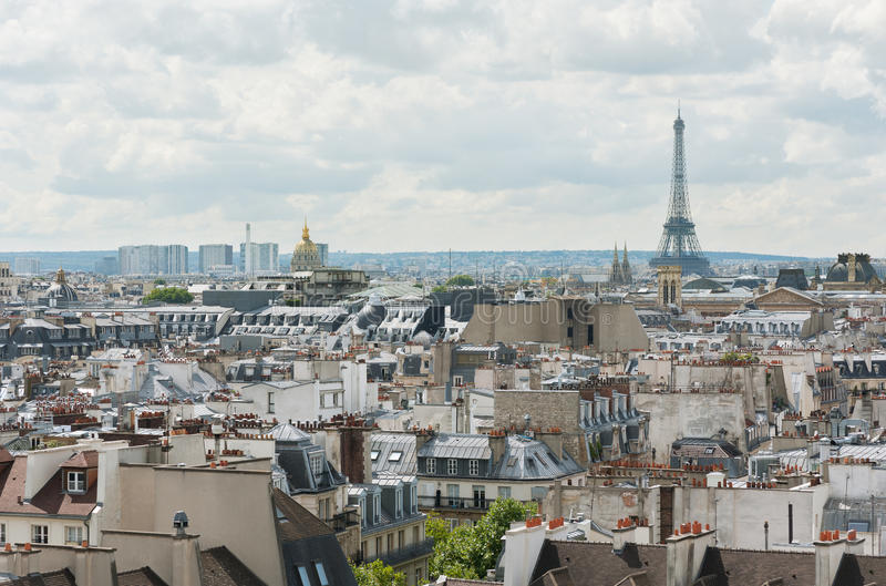 Paris-Skyline - Eiffelturm stockbild