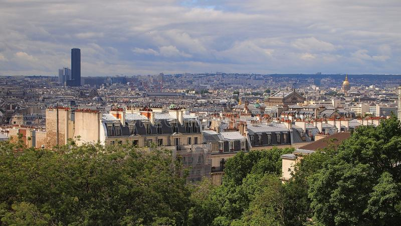 Paris-Skyline von Notre Dame de Paris lizenzfreie stockbilder