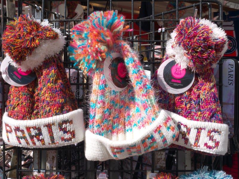 Paris souvenir till salu Pom-Pom Knit Caps fotografering för bildbyråer