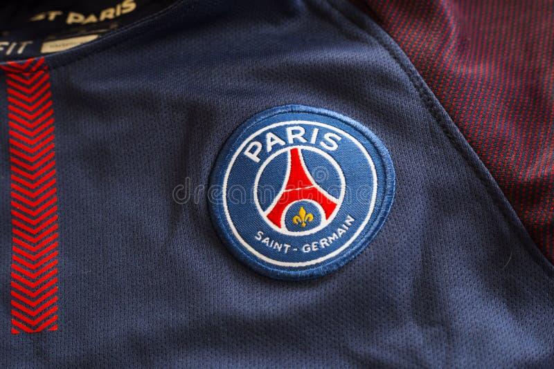 Paris St Germain emblem på ärmlös tröja fotografering för bildbyråer