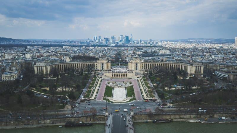 Paris stad från det Eiffell tornet arkivfoto