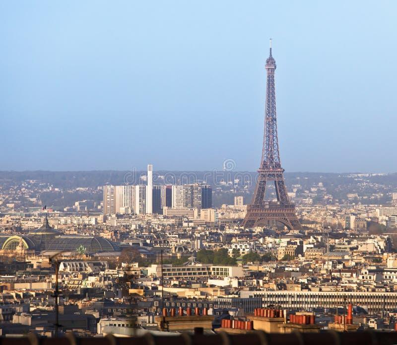 Paris stadssikt med Eiffeltorn, Frankrike arkivbilder