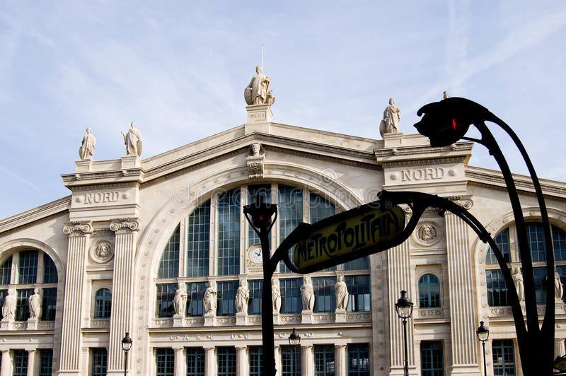 Download Paris Station Gare du Nord editorial stock image. Image of train - 13600764
