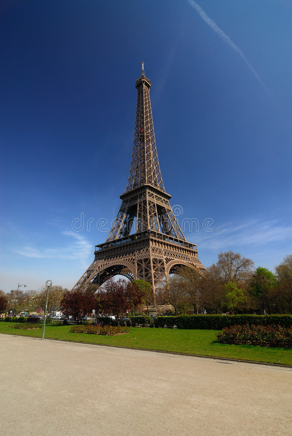paris tour eiffel stock image image of famous landmark 2228987. Black Bedroom Furniture Sets. Home Design Ideas