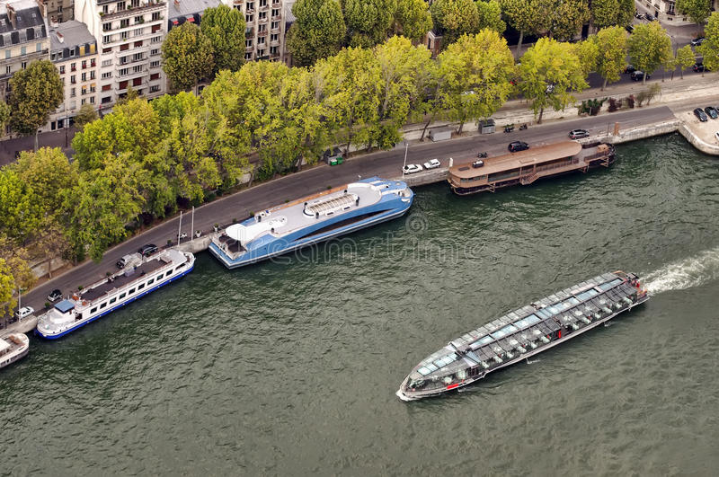 Download Paris tourism on water stock image. Image of outdoor - 29239571