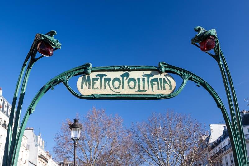 Paris tunnelbanatecken royaltyfri fotografi