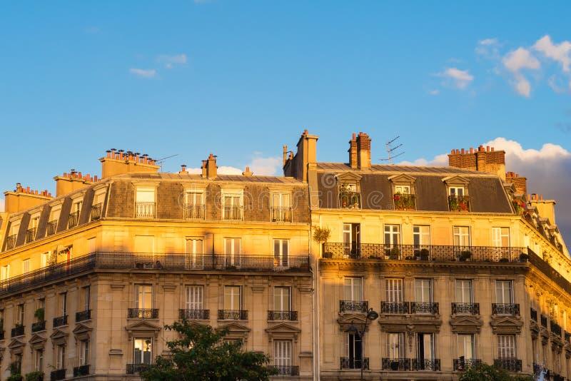 Pariser Gebäudefassade, Paris, Frankreich stockfoto