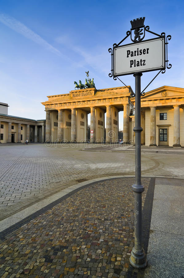 pariser platz berlin stock photo image of statue. Black Bedroom Furniture Sets. Home Design Ideas