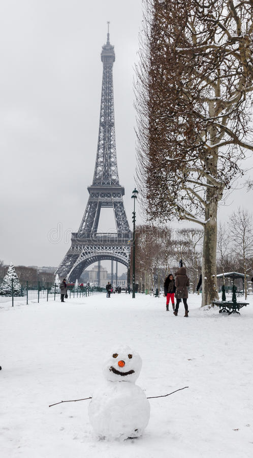 Download Parisian Winter editorial image. Image of landmark, cold - 28735800