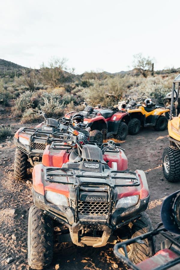 Park-ATVs in der Wüste stockfotografie