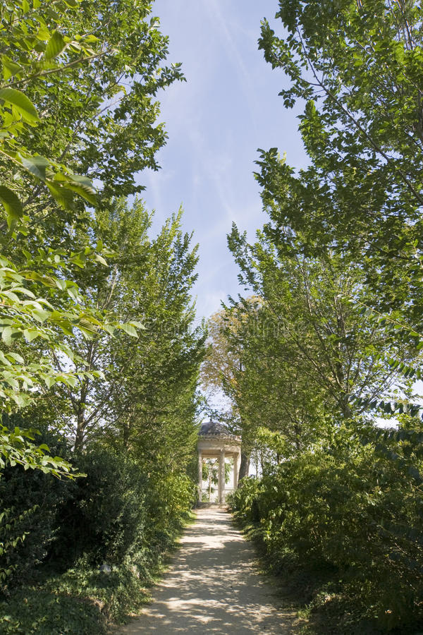 Download Park - Epernay, France Royalty Free Stock Photography - Image: 22150527