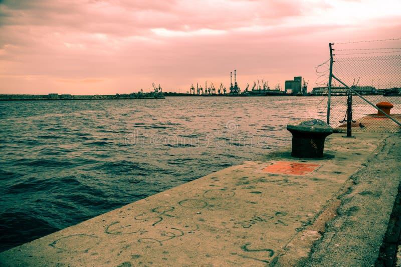 park przemysłowy w porcie Thessaloniki fotografia stock