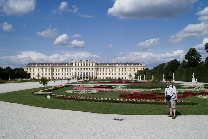 Download Park in Schonbrunn Palace stock image. Image of fountain - 26458953