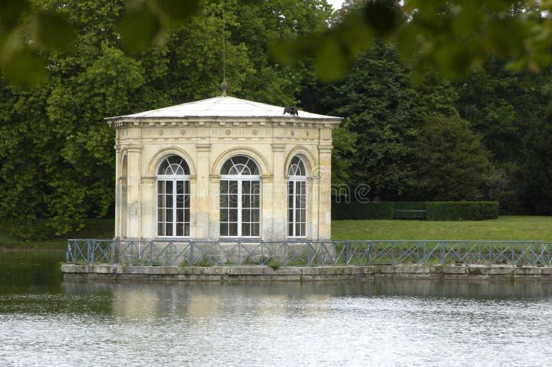 Park van het paleis van Fontainebleau stock afbeeldingen
