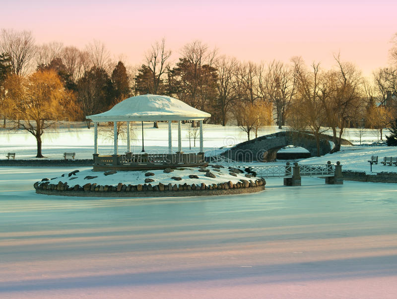 Download Park In Winter Stock Image - Image: 28145301
