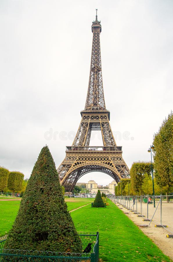 Free Park With The Iron Dominant Of Paris. Royalty Free Stock Photography - 107310447