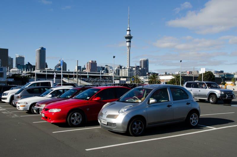 Parkeerterreinruimten in Auckland stock afbeeldingen