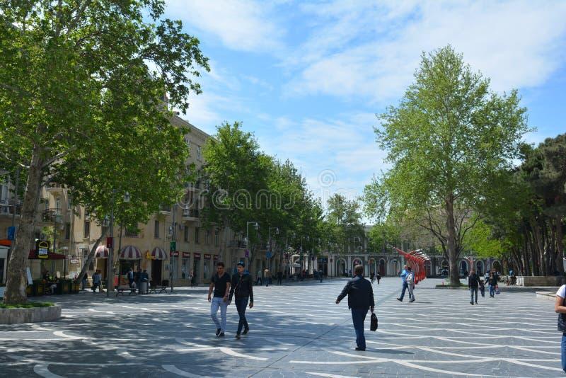 Parken van Baku stad, Fonteinvierkant royalty-vrije stock foto