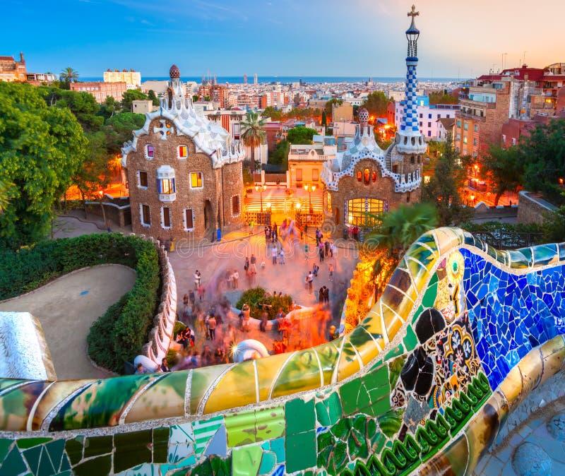 Parkera Guell i Barcelona, Spanien. arkivbilder