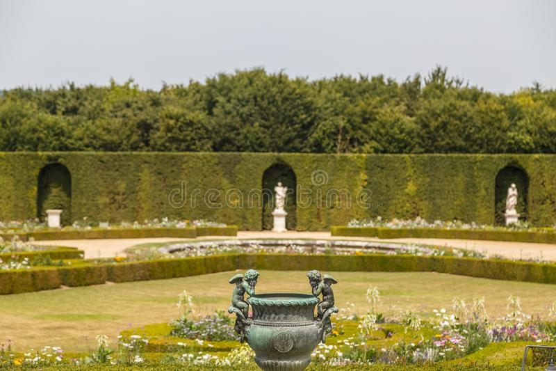Parkera runt om den Versailles slotten, Frankrike arkivbilder