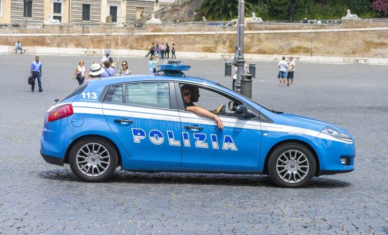 Parkerade polisbilar royaltyfria bilder