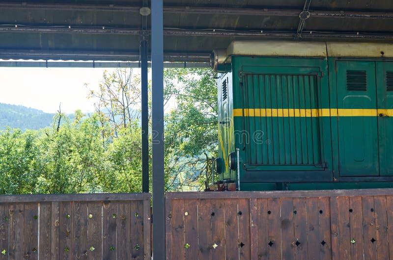 Parkerat grönlok arkivbild