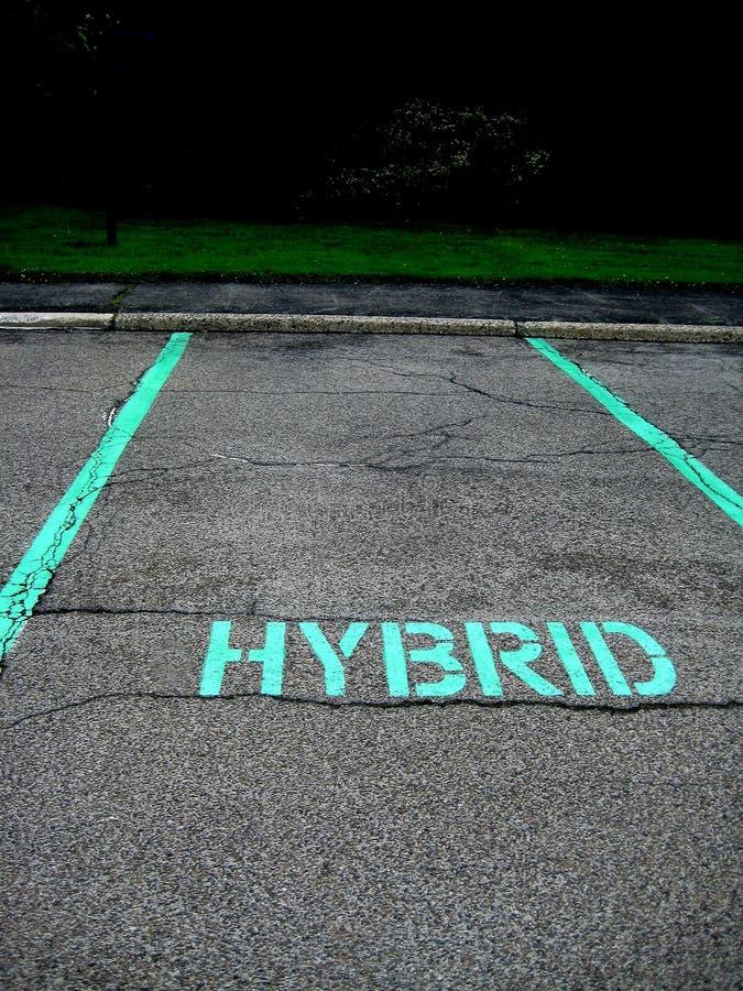 Parkeren voor hybride auto stock fotografie