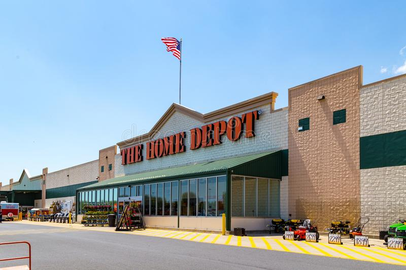 The Home Depot Store. Parkesburg, PA, USA - May 3, 2018: Home Depot is an American home improvement supplies retailer with over 2000 locations that sells tools royalty free stock images