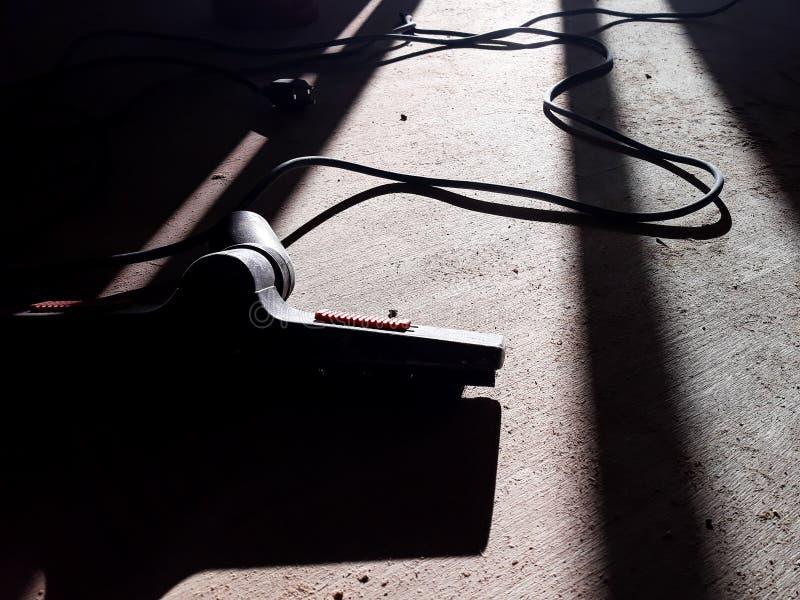 Parkietowa podłoga sanding z drewnianymi goleniami i Backlight widok dla tło obraz royalty free