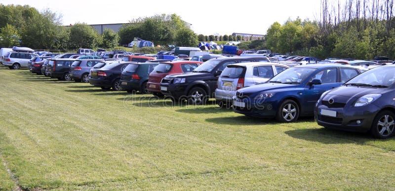 Parking de champ photo stock