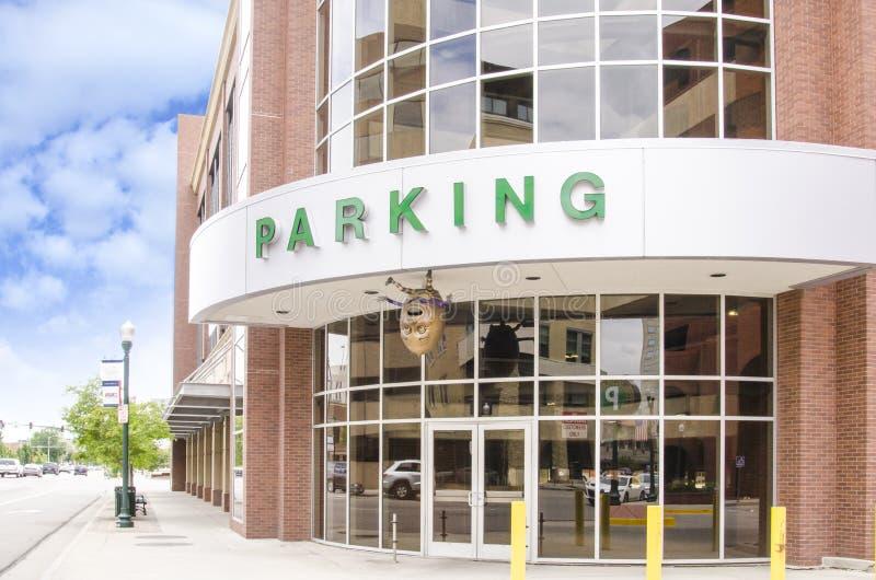 Parking de la ciudad fotos de archivo libres de regalías