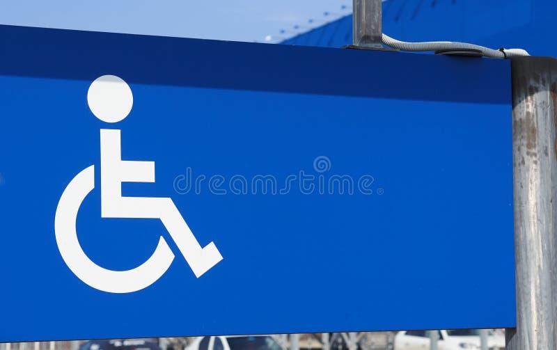 Parking dla niepełnosprawnego persons znaka obraz royalty free