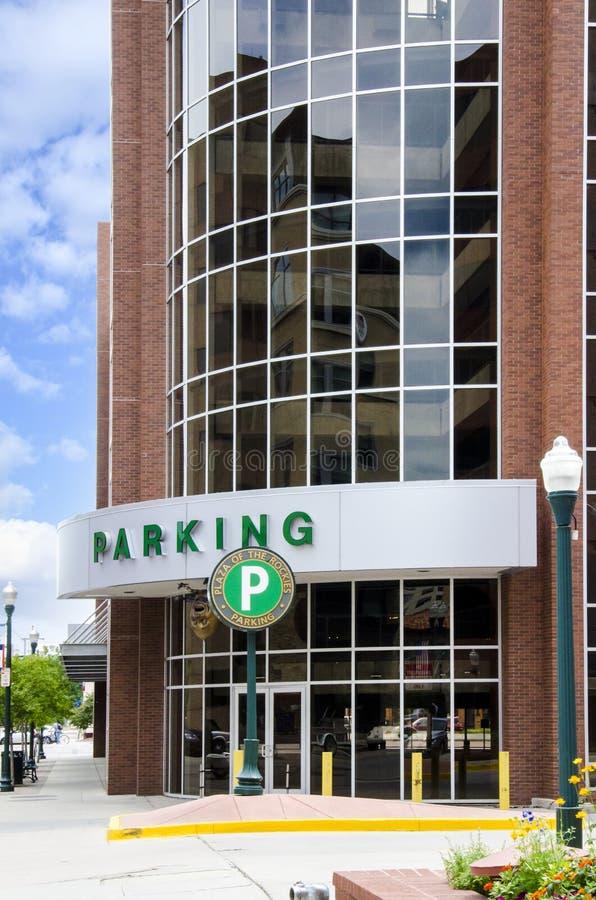 Parking en la ciudad foto de archivo