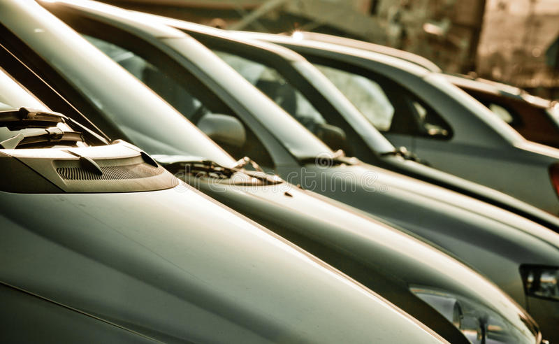 Parking samochody zdjęcia stock