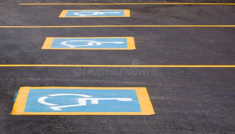 parkings handicapés image stock