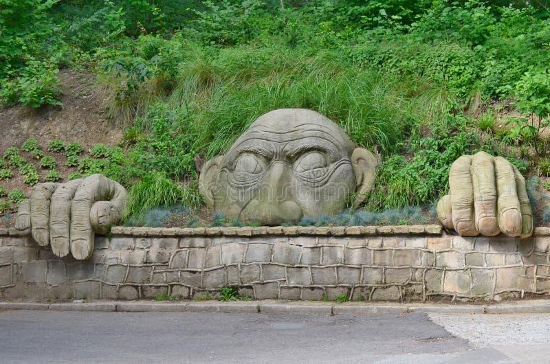 Parkowej духа статуи окровавленное, парк курорта, Kudowa Zdroj стоковое изображение
