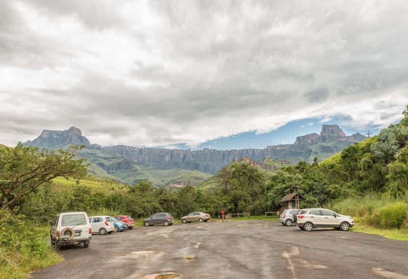 Parkplatz am Anfang des Tugela-Schluchtwanderwegs stockfoto