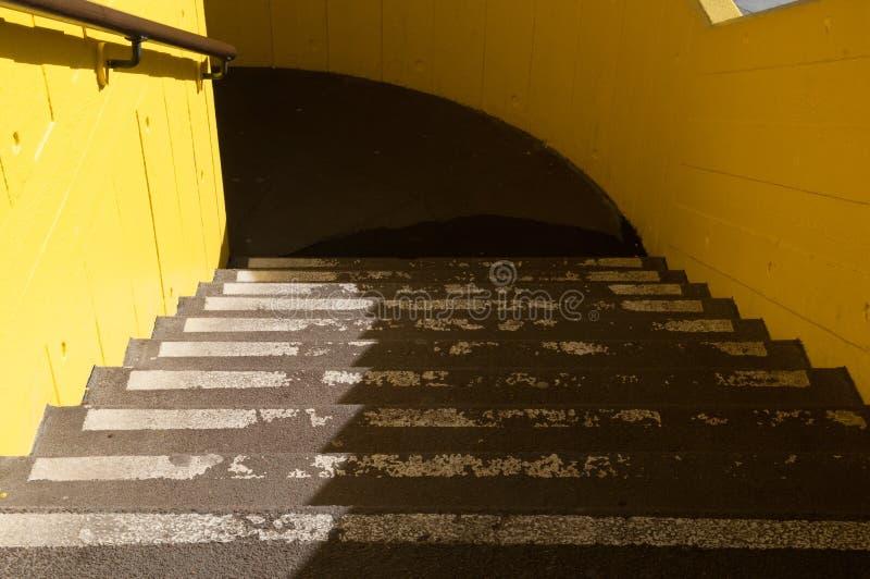 Parkplatztreppe stockfoto