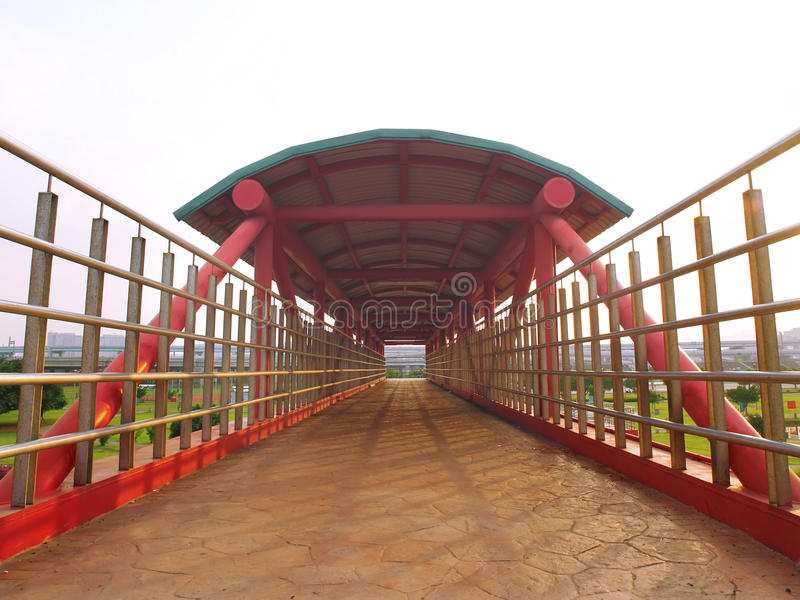 parkskybridge royaltyfri bild
