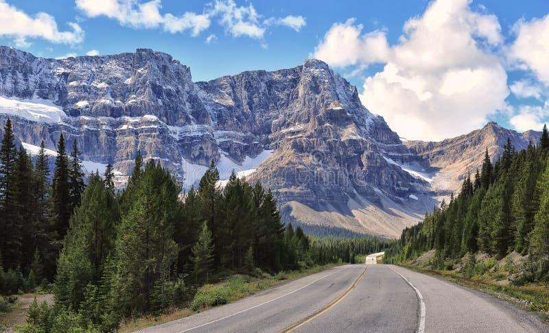 Parkway de Icefields no parque nacional de Banff foto de stock royalty free