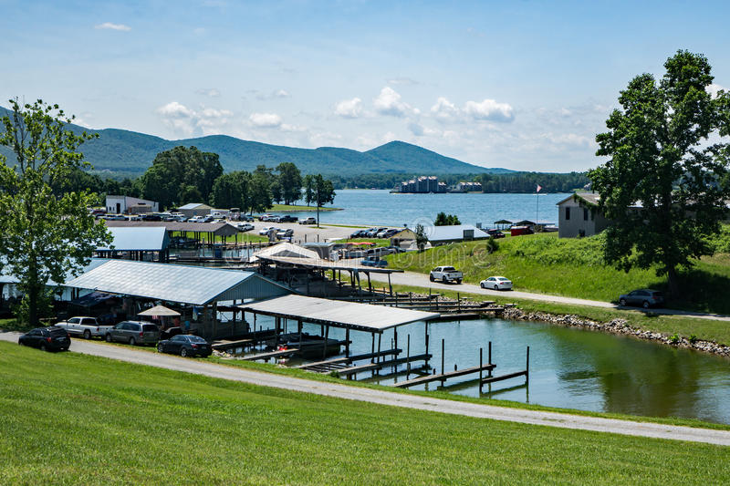 Parkway Marina, Huddleston, Virginia, USA. Bedford County, VA – May 29th: View of Parkway Marina with Smith Mountain in the background located on Smith stock image