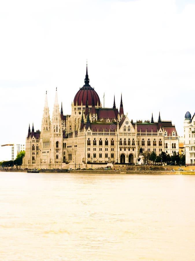 Parlament Budapest arkivfoton