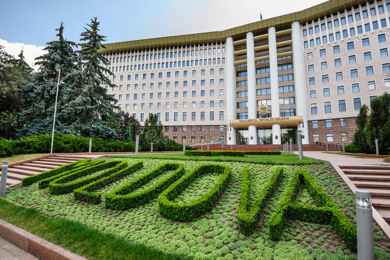Parlamentbyggnad, Moldavien, Chisinau royaltyfri bild