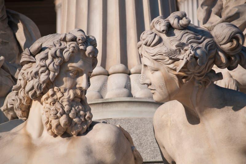 Parlamento di Vienna, statua fotografia stock