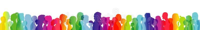 Parler de foule Dialogue entre les personnes de différents âges et les ethnies Silhouette de profil colorée par arc-en-ciel Beauc illustration libre de droits